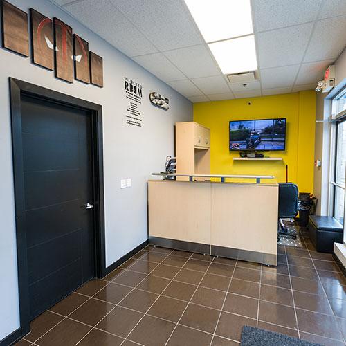 Ave Ne Calgary Locked Room